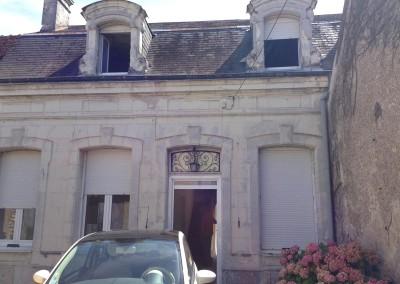 Taille de pierre, lucarnes à La Croix en Touraine