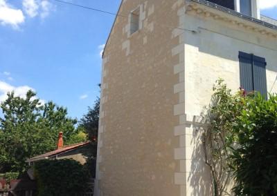 Enduit à la chaux et taille de pierre à Larçay (37)