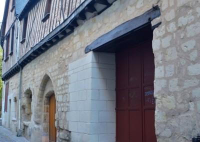 Taille de pierre, enduit à la chaux - rue de la Paix à Tours 37